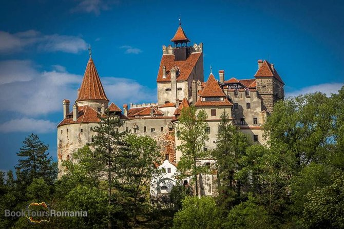 This 2-Day Tour offers the best of the magical land of Transylvania. Visit Romania's most famous castles: Peles and Bran (Dracula Castle) and learn all about their incredible past and the stories they have to tell. Top it all off with a walking tour of the beautiful medieval city of Brasov and finish the tour with Prejmer Fortress, a typical Transylvanian fortified church, an UNESCO World Heritage. Experience all this and more with the incredible mountain scenery of the Carpathian Mountains on the background.