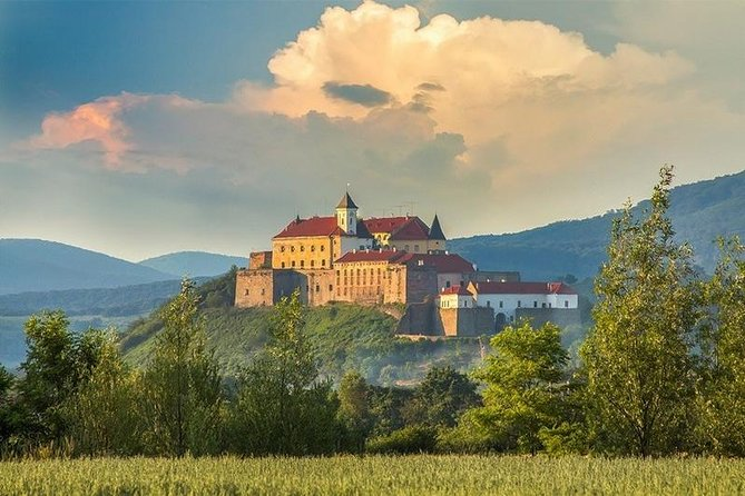 7-Days Western Ukraine and Carpathians Guided Tour from Kyiv by Private Vehicle, Kiev, UCRANIA