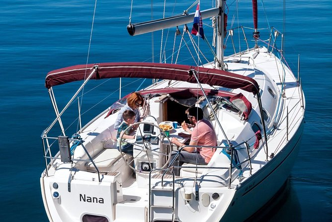 Feel the sea like a professional sailor! On the beautiful luxury sailing boat with 3 cabin with private bathroom, professional skipper, staff and guide you can enjoy in sailing, swimming and relaxing on the sun deck while we sail trough the Brač and Hvar islands.