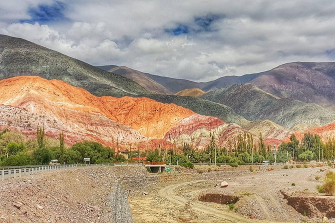 On this full-day tour you will get to see Purmamarca, with its 7 Colors Hill, and Tilcara and its ruins and the unique church of Uquía. Humahuaca was declared a World Heritage Site, given its unique, sharp and colorful mountains cape.