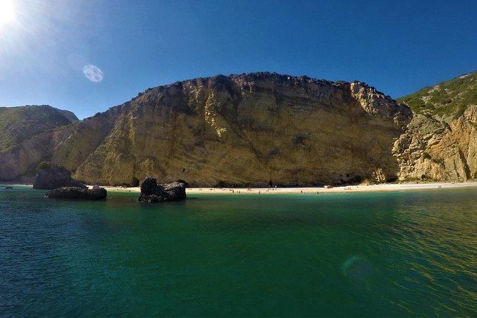 Playas y bahías secretas de Sesimbra y Arrábida, Distrito de Setúbal, PORTUGAL