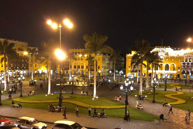Luces, Pisco y diversión. City tour nocturno + degustación de Pisco, Lima, PERU
