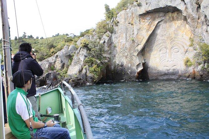 Maori Rock Carvings Scenic Cruise, Taupo, NOVA ZELÂNDIA