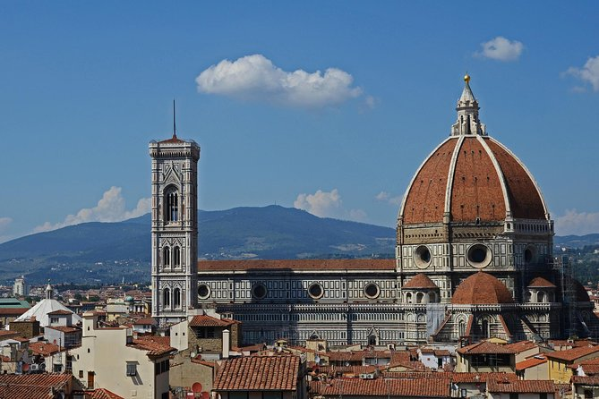 Visit two of Tuscany's most representative cities, Florence and Pisa in a full-day tour. Explore the birthplace of the Italian Renaissance, walk along medieval streets and admire the work of mastersof Italian art, such us Brunelleschi's Dome on the Cathedral of Santa Maria del Fiore. Take a picture in front of the world-famous Leaning Tower of Pisa.