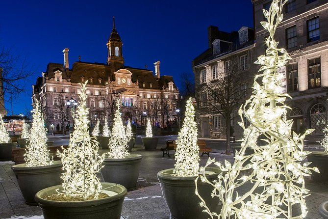 Christmas Walking Tour in Old Montreal, Montreal, CANADA