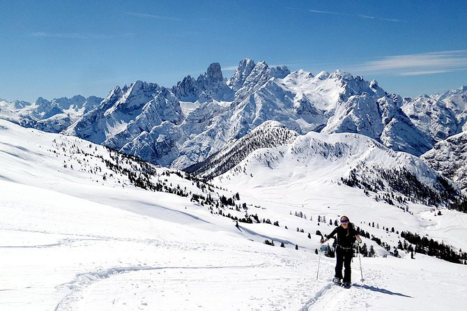 Enjoy a nice private snowshoe-tour in the Dolomites!<br><br>In our company you can snowshoe safely in the Dolomites: you will learn how to use the snowshoes, how to walk on easy and safe trails, and how to enjoy the winter in the Dolomites!<br><br>You will only need a backpack, a pair of hiking shoes and the desire to discover the Dolomites during the winter season. Together we will enter the snow-covered woods, we will hike on easy and white trails and eventually reach a warm place where we can have something to drink or eat.<br><br>Get ready to enjoy the true magic of winter in the Dolomites!<br><br>All our snowshoe-tours are private and personalized for you and your friends. Once you have booked, no other person can join.