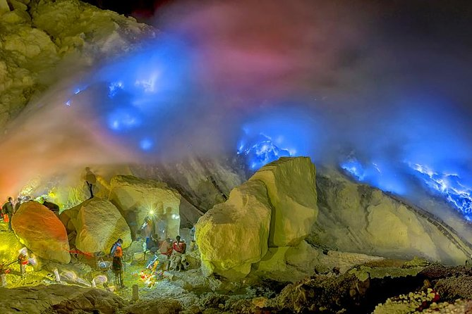 Observe the 'blue flame' Ijen Crater during an overnight adventure on Mount Ijen. Follow your guide with your small-group at midnight to begin your climb towards the summit. Watch this incredible natural phenomenon in the dark and then be treated with a magnificent view inside Ijen Crater. Enjoy dinner and breakfast during your tour to keep your energy up for the hikes.