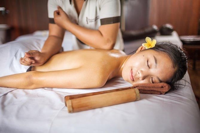210 mins - DEEP TISSUE TREATMENT<br><br>Releasing chronic muscle tension with strong pressures and long slow strokes techniques that reach every inch of muscles deeply.<br><br>120 mins Deep Tissue Massage<br><br> 30 mins Detox Herb Bath <br><br> 60 mins Creambath