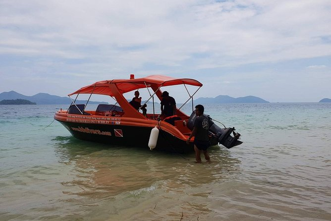 Private Speedboat Trip, Snorkeling and Island-Hopping Around Koh Chang, Ko Chang, Tailândia
