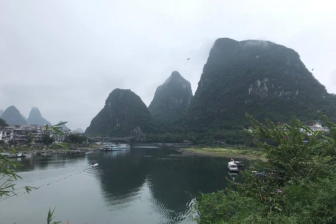 2-Day Private Yangshuo Trip By Round-way Bullet Train From Guangzhou, Canton, CHINA