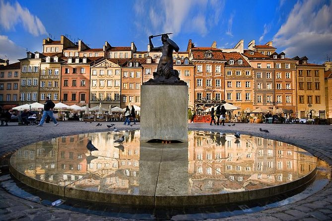 Royal Castle, Old Town&Market Square and Uprising Museum:Your Group Private Tour, Varsóvia, POLÔNIA