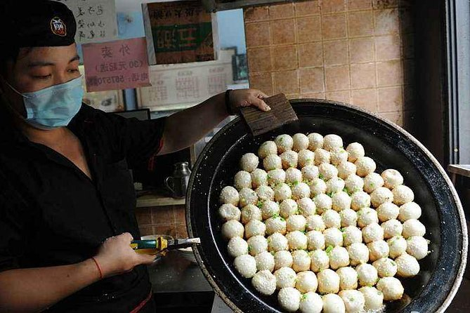 Authentic Local Food Tour in Central Shanghai, Shanghai, CHINA