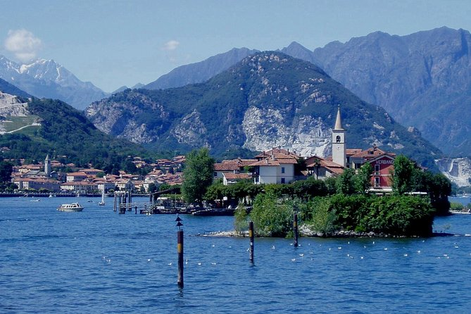 Excursión privada: escapada de un día al lago Maggiore y Vicolungo Outlet desde Milán, Milan, ITALIA