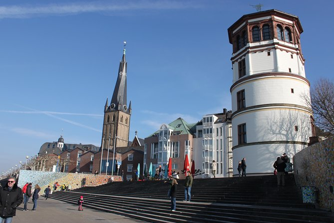 Top 10 attractions walking tour of Dusseldorf, Dusseldorf, Alemanha