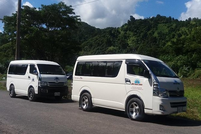 Pickup at your resort lobby<br><br> Assistance with luggage provided<br><br> Private Airconditioned vehicle transfers<br><br> From Fiji Marriott Resort, Momi Bay to Nadi Airport to connect your departure flight.<br><br>From Fiji Marriott Resort to Denarau Resorts, Port Denarau to connect your launch transfer to outer islands.<br><br>From Fiji Marriott Resort to Nadi Airport hotels<br><br>INCLUDES LUGGAGE