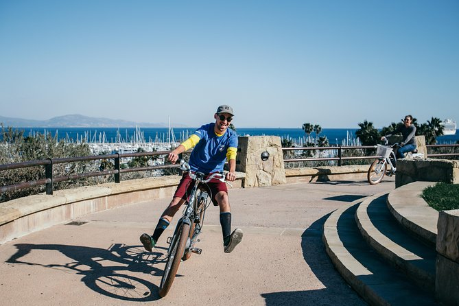 Explore the ocean views and city sights of Santa Barbara on an electric bike! Capable of speeds up to 20 mph and a range of 25 - 75 miles! These bikes make your sight seeing a breeze! These fun-filled ebikes will help you see more of the city than you expected all without breaking a sweat!