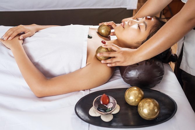 300 minutes - CHAKRA TREATMENT WITH GAMELAN BALL HEALING<br><br>Chakra treatment is detoxification of the whole body by placing crystals which represent each chakras on seven specific points of body.<br><br>60 minutes Detox Massage<br><br>30 minutes Chakra Treatment & Gamelan Ball Healing<br><br>30 minutes Flower Bath<br><br>45 minutes Facial Treatment<br><br>45 minutes Shirodhara or Foot Massage<br><br>60 minutes Cream Bath<br><br>Meal & Fresh Juice