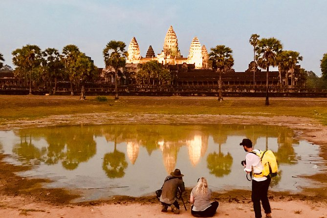 Our three-day tours will make your trip unforgettable. We'll take to see some of the most amazing places in the Kingdom of Wonder.<br><br>Day 1: Angkor Wat, South Gate, Bayon, Angkor Thom, Ta Prohm, Ta Nei, Pre Rup and sunset.<br><br>Day 2: Visit sunrise at Angkor Wat, to visit Banteay Srei, Preah Khann,<br><br>Neak Pean & Ta Som, East Mebon and Banteay Samre temple.<br><br>Day 3: Visit Phnom Kulen, Beng Mealea, Bakong, Preah Ko, Lolei, Tonle Sap lake and its floating villages.