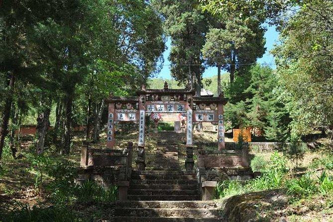 1 day tour in Shaxi old Town and Shibaoshan Mountain, Lijiang, CHINA