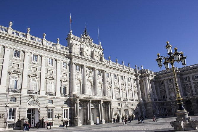 Madrid Royal Palace Expert Guided Tour with skip-the-line access, Madrid, ESPAÑA