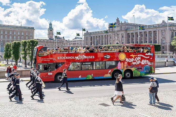 Excursão pelo litoral: Passe diário em ônibus vermelhos com várias paradas, Estocolmo, Suécia