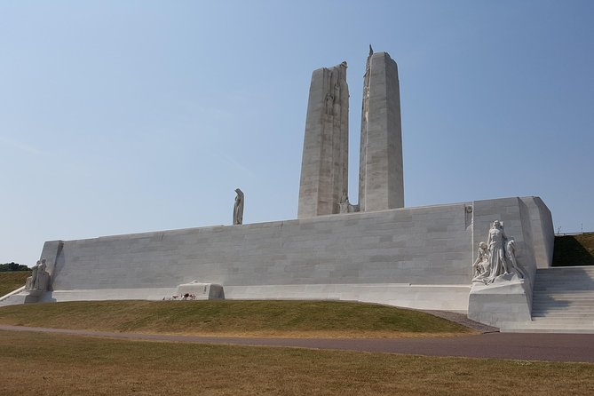 Private Full-Day Canadian WW1 Vimy and Somme Battlefield Tour from Bruges, Brujas, BELGICA
