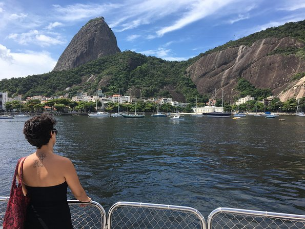 Spend half a day sailing on Guanabara Bay, for the most beautiful views of Rio de Janeiro with Sugar Loaf Mountain towering in the distance. Pass the bay's islands and forts as you cruise the idylic waters. From the water you can see Rio's downtown, cruise just below planes landing in Santos Dumont Airport, see the Museum of Tomorrow, go under the Niterói Bridge and see the lovely beaches from Rio's siter city, as well as seeing the famous Oscar Niemeyer Museum. The Guanabara Bay Cruise includes roundtrip transportation from your Rio de Janeiro hotel. An optional all you can eat barbecue lunch is also available on your return, in a local Rio restaurant.