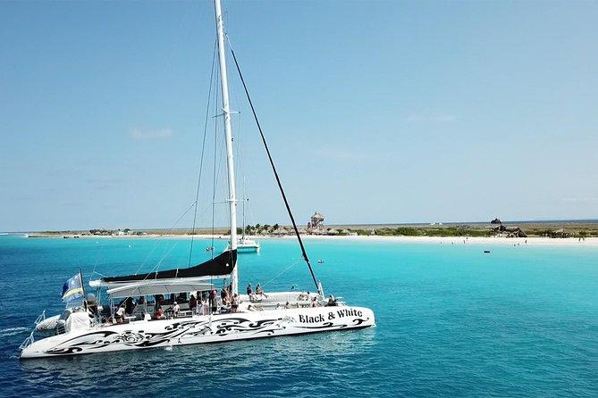 MÁS FOTOS, Klein Curazao con navegación en catamarán BlueFinn