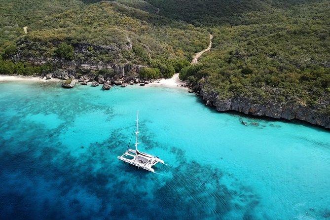MÁS FOTOS, Sailing along the Curacao coast
