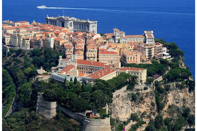 You will discover in one day the most amazing places on the French Riviera. The luxurious principality of Monaco, the medieval village of Eze and the capital of the French Riviera Nice.