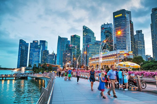 Make the most of your Singapore visit with this private full day Singapore city tour. With your private vehicle, you can save your time most on travelling from spot to spot, which offers you more time on highlights of the city-state. Travel across the city to its four major culture areas: Chinese, Malay, Indian, and Western colonial heritage. Take a glimpse on how traditional Asian culture mixes with contemporary culture and truly immerse yourselves in the culture, history and traditions of this diverse land.
