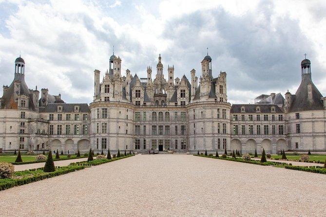 Loire Valley Chateaux's from Paris, Paris, FRANCIA