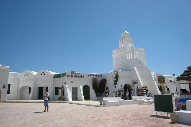 "Program:<br><br>8am: Departure to the Roman road, and then continue to the Berber village of Guellala. Visit an old pottery workshop and the Museum of Arts and Djerbean life.<br><br>Continue to the village of Erriadh and 'La Ghriba', the oldest synagogue in Africa. Visit to Djerbahood, the Street Art exposition initiated in 2014. <br><br>Visit Houmt Souk, the capital of the Island of Djerba, visit the colorful market with auction sale of fish, spices, vegetables, fruits … visit the covered souk and enjoy the handicrafts created by local artisans. <br><br>1pm: Typical lunch at a restaurant in the pedestrian area of ​​the city.<br><br>2pm: End of the ""half day"" program and back to the hotel.<br><br>Continuation for the ""One day"" Program: <br><br>2pm: Visit the ""Borj El Kebire"" old Spanish fort and the Marina. <br><br>3pm: Continuation to village Mahboubine, Visit of an old Mosquée and the 'Menzels'- the traditional Djerbian style house. <br><br>4pm: Visit of Djerba Explore complex: crocodile farm and Lella Hadhria musuem<br><br>6pm: Back to the hotel."
