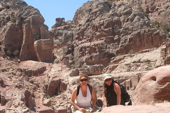 Private Two Day Tour Exploring Petra, Wadi Rum and Dead Sea from Amman, Aqaba, Jordânia