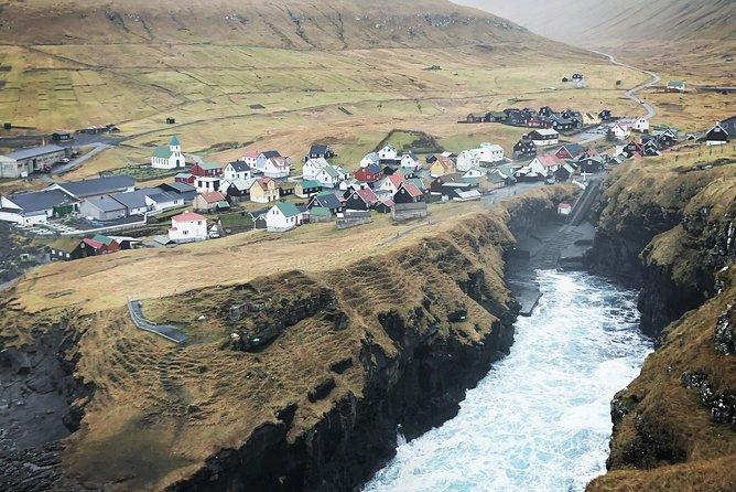 MÁS FOTOS, Waterfall Tour in Faroe Islands