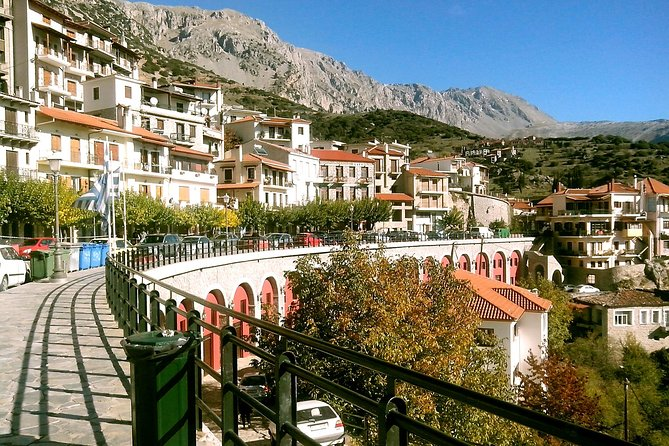 Private Full-Day Tour to Delphi, Arachova, & Hosios Loukas Monastery from Athens, Atenas, Greece