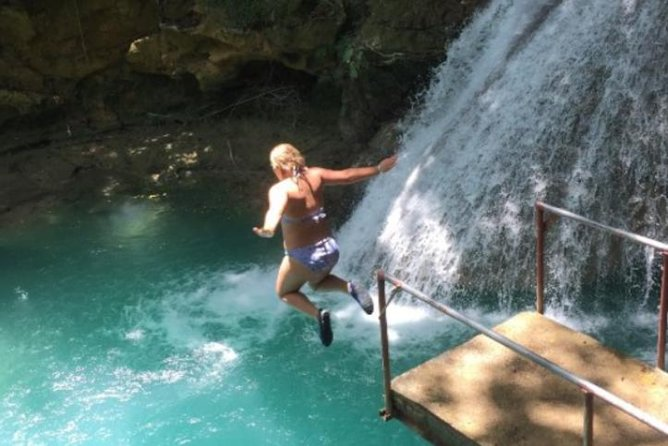 Recorrido privado el Blue Hole y la cataratas Secret Falls, Montego Bay, JAMAICA