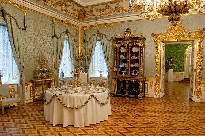 Palacio Peterhof y las fuentes en hidroala con guía privado, San Petersburgo, RUSIA