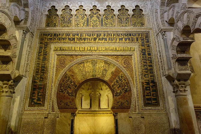 Book your trip to Cordoba from Costa del Sol. City of 3 cultures: Muslims, Jews and Christians in the Middle Age. Delight yourself visiting the Cathedral-Mosque, the Jewish quarter, the synagogue and much more. Discover the historical centre of Cordoba, declared World Heritage Site by UNESCO.