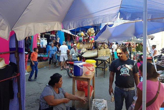 Pochutla Market, authentic day. HT, Huatulco, MÉXICO