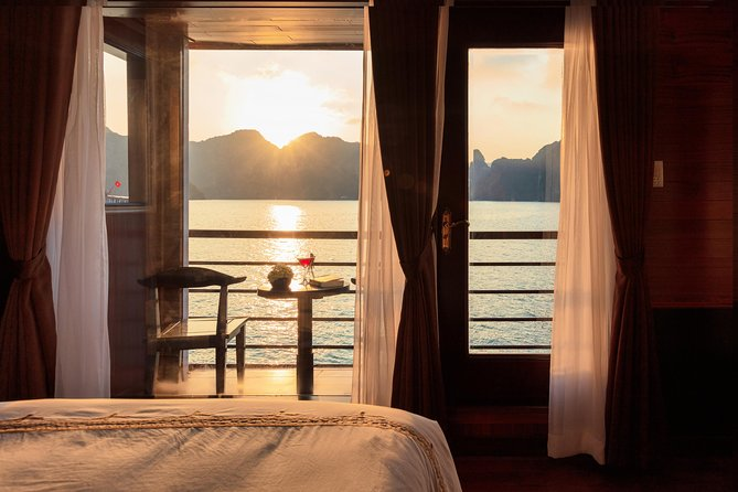 Overnight Halong Bay-Lan Ha Bay Cruise with Hanoi Pickup and Drop-off, Hanoi, VIETNAM