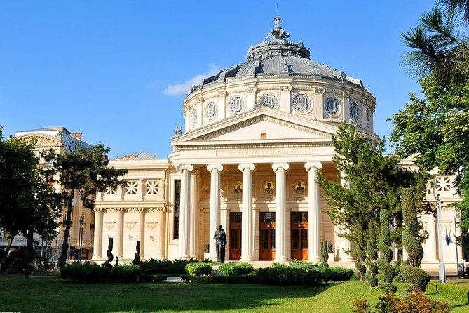 """Discover the picture-postcard city of Bucharest during the interwar period. Enjoy a sightseeing private tour from the most iconic gems of the period and embark on a journey that will take you back to the romantic stories of the """"Little Paris of the East""""."""
