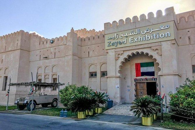 Visita turística a Abu Dhabi: Mezquita Sheikh Zayed, Heritage Village y el zoco, Abu Dabi, EMIRATOS ARABES UNIDOS