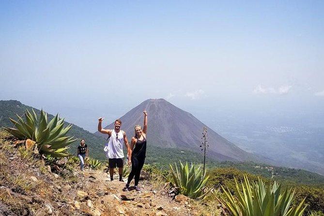 Santa Ana Volcano Hike Tour from El Tunco Beach, La Libertad, EL SALVADOR