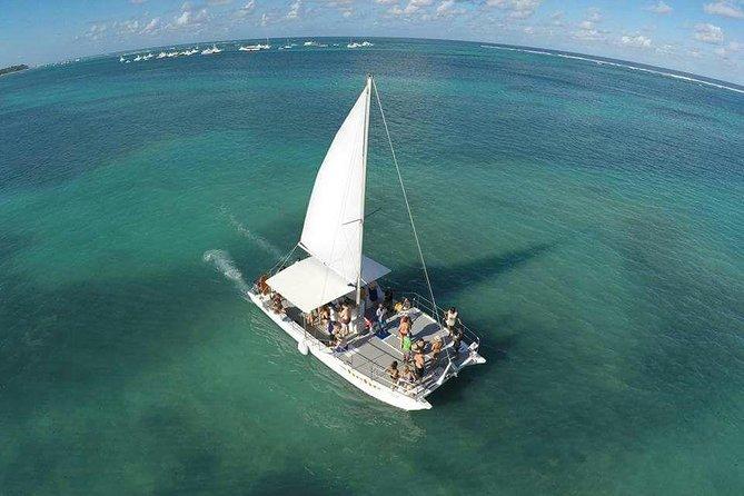 MÁS FOTOS, Half Day Catamaran & Snorkeling
