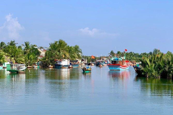 MÁS FOTOS, Buffalo Riding and basket boat tour from Da Nang