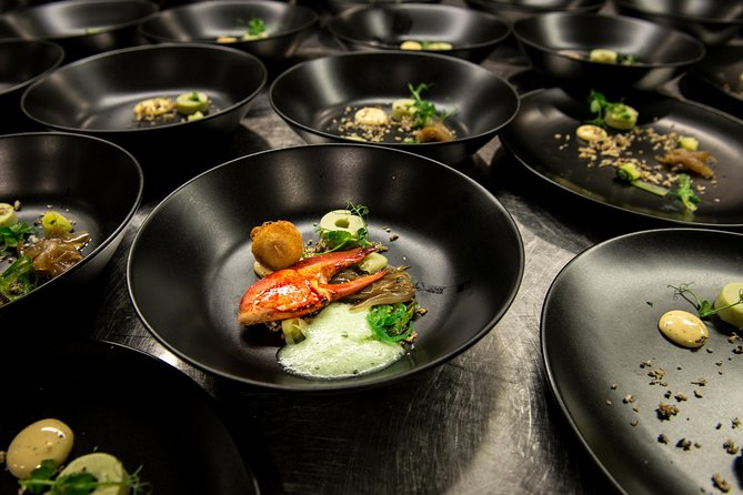 Discover 3 Culinary Restaurants in Rotterdam - Self Guided Food & Wine Tour, Rotterdam, HOLANDA