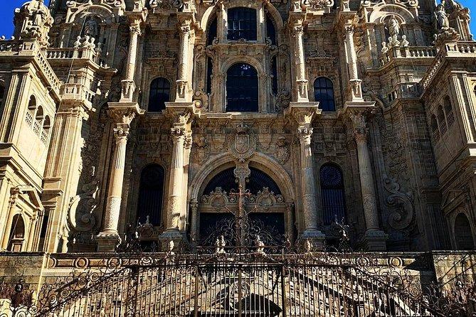 Santiago de Compostela and Viana do Castelo small group full-day tour from Porto, Oporto, PORTUGAL