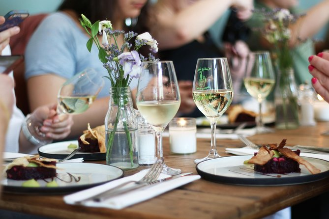 Discover 3 gastronomic restaurants in Haarlem - SELF GUIDED FOOD & WINE TOUR, Haarlem, HOLANDA
