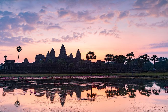 Travel to the Cambodian countryside and you'll be rewarded with vistas of resplendent rice paddies, friendly authentic homestays and a wealth of natural beauty. Large sections of sweeping coastline and offshore tropical islands remain relatively unspoilt, making the beaches here a quieter alternative to that of neighbouring Thailand's. The rugged wilderness around the Cardamom Mountains are great for adventure and ecotourism is gaining popularity here thanks to the range of exotic wildlife. The waterways in Cambodia provide a livelihood for fishing communities who live along the banks of the magnificent Mekong river and in floating villages on Tonle Sap Lake.